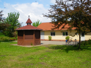 Vereinsheim mit Grillpavillion